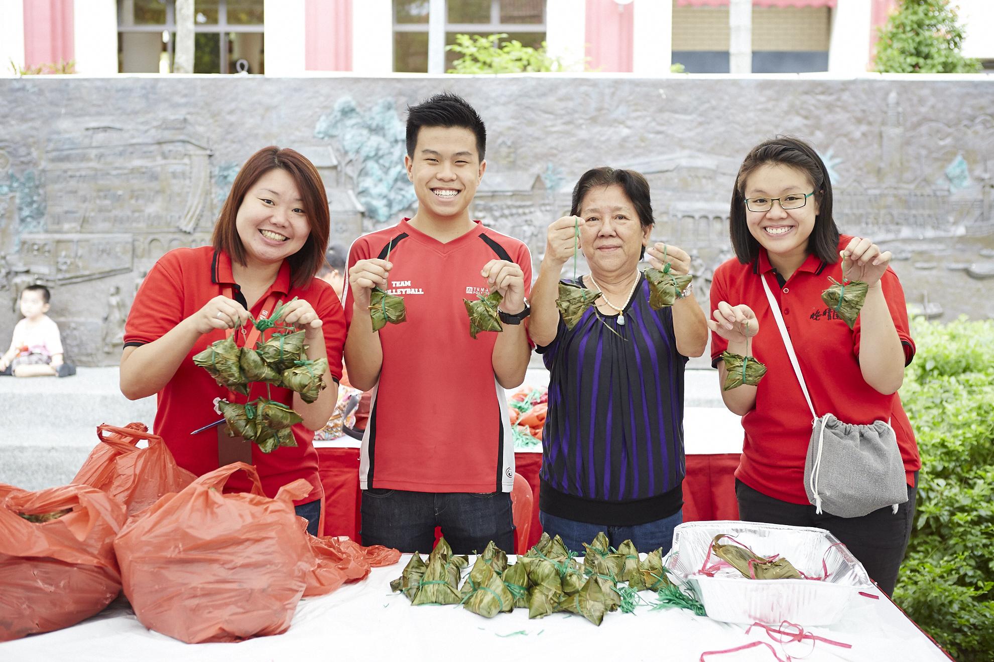 wan qing dumpling festival snack booth